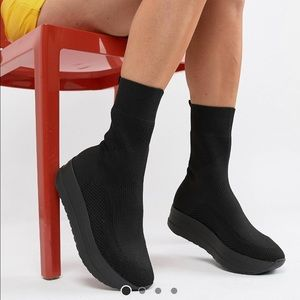 ASOS  Vagabond Casey black stretch sock boot